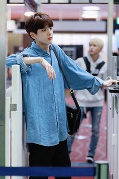 Korean Men Hairstyle, Kim Young, Bts Clothing, Baby Fish, Cha Eun Woo, Korean Celebrities, Blue Aesthetic, Kpop Boy, Boyfriend Material