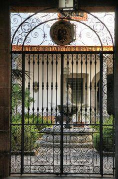 Patio de la Casa Salazar, sede el Obispado en el centro histórico de La Laguna #Canarias