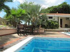 Curacao vakantiewoning te huur. In Piscadera met zwembad.