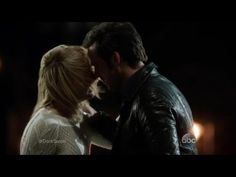 'Once Upon a Time' Cast Teases Dark Swan's Debut and If Emma and Hook's Love Will Last! - YouTube