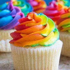 Rainbow buttercream These look so delicious Repost: @sugarcraftbakeshop #unicorncake #unicornsarereal #unicorn #unicorns #unicornlife #iloveunicorns #unicornhorn #unicornmakeup #unicornlovers #alwaysbeaunicorn #iloveunicorns #unicornlover Source: unicorn.love.gram