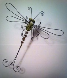 Jewelry Frames, Wire Jewelry, Wire Crafts, Metal Crafts, Hanger Crafts, Dragonfly Art, Outdoor Art, Beads And Wire, Wire Art