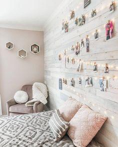 Unique Teen Bedrooms, Teen Bedroom Designs, Cute Bedroom Ideas, Room Ideas Bedroom, Trendy Bedroom, Girls Bedroom, Bedroom Inspo, Teenage Bedroom Decorations, Teen Bedroom Furniture