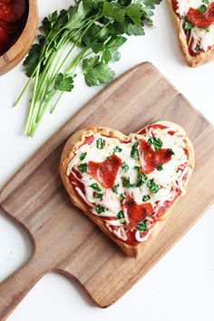 Sweet Little Peanut | Easy homemade heart pizza for Valentine's Day dinner with the family or a romantic date night.