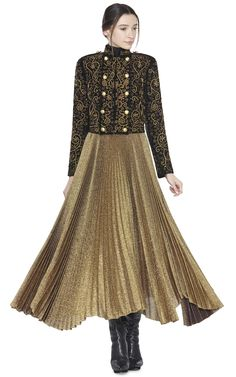 Obsessing over this gold metallic skirt and brocade jacket!