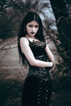 Model: Priscilla Diamond Photo: Walter Rodriguez Photography Welcome to Gothic and Amazing |www.gothicandamazing.org