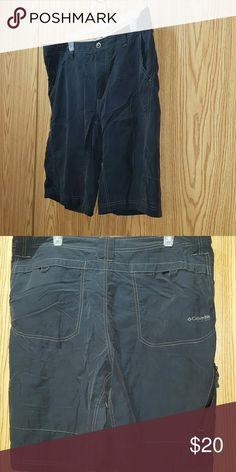 Mens Columbia Shorts Great Condition Mens Grey Shorts Size 36 waist Columbia Shorts
