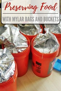 Preserving Food with Mylar Bags and Buckets - Many people have heard about using mylar bags to store food in, as well as using buckets for the same thing. Combining these two practices makes for some solid, long term food storage! Emergency Food Storage, Emergency Food Supply, Emergency Preparedness Kit, Emergency Preparation, Survival Prepping, Survival Skills, Survival Gear, Wilderness Survival, Survival Quotes
