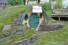Wooden Wonders' Hobbit Holes Bring the Magic of Middle-earth to Your Yard.... I want one!!!