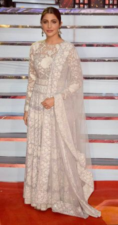 Anushka Sharma attends the 'Umang Mumbai Police Show at Bandra Kurla Complex in Mumbai (Image Yogen Shah) is part of Indian attire - Indian Gowns Dresses, Pakistani Bridal Dresses, Ethnic Outfits, Indian Outfits, Lace Anarkali, White Anarkali, Anarkali Suits, Indian Designer Outfits, Designer Dresses