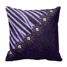 Almohada púrpura de la cebra