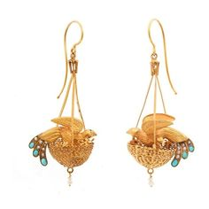 History of Fashion: 1870's:st Earrings England, ca. 1870 Gold,... ❤ liked on Polyvore featuring jewelry, earrings, yellow gold earrings, gold jewellery, earring jewelry, gold pearl earrings and yellow gold pearl earrings