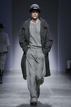 Christian Pellizzari Fashion Show Menswear Collection Fall Winter 2017 in Milan