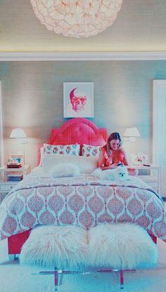 Gallery | inspo4vsco | VSCO Room Ideas Bedroom, Home Decor Bedroom, Bedroom Inspo, Dream Bedroom, Bedroom Inspiration, 60s Bedroom, Bedroom Stuff, Preppy Bedroom, Rich Girl Bedroom