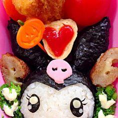 自称マイメロディのライバル! 黒いずきんとピンクのどくろがチャームポイント、ハロウィンがお誕生日。 こんなきらきらお目々のクロミちゃん発見꒰*✪௰✪ૢ꒱  ☆海苔巻きおむすび☆チキンカツ☆チーズ肉巻☆卵焼き☆アフォーラマンダリン☆ - 45件のもぐもぐ - Lunch Box☆Kuromi☆サンリオ クロミ by Ami