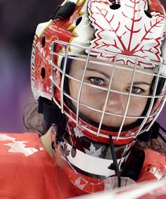 .Shannon  Szabados-Hockey Canada