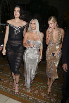 Kendall Jenner Kim Kardashian and Hailey Baldwin NYFW 2017 Looks Kim Kardashian, Kardashian Style, Kardashian Jenner, Kardashian Dresses, Kardashian Kollection, Kim K Dresses, Sexy Dresses, Kylie Jenner Look, Kendall Jenner Style
