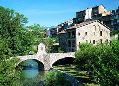 Pirineus. Pont al municipi de Bagà (Felipe J. Alcoceba).