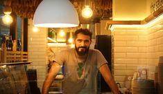 """Πρόταση για ελαφρύ γεύμα στο """"Νησί της Σαλάτας"""" του Νίκου Κωνσταντάτου, στο κέντρο της Αθήνας Mens Tops"""
