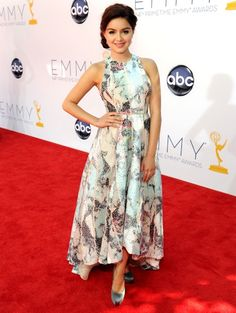 Emmy Awards 2012: de jurken | ELLE - ARIEL WINTER  in Katharine Kidd