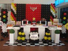 mesa podium decoração - Pesquisa Google 2nd Birthday Party For Boys, Hot Wheels Birthday, Cars Birthday Parties, Superhero Birthday Party, Birthday Party Decorations, Party Themes, Birthday Ideas, Party Ideas, Pixar Cars Birthday