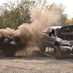 www.DieselTruckGallery.com GMC Duramax on Dyno Blowing Smoke