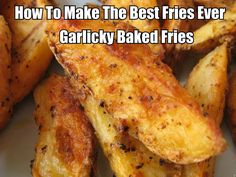 How To Make The Best Fries Ever - Do you like potatoes and garlic. If so then your going to love these oh so delicious garlicky baked fries. They are oh so delicious and so easy to make. They are also really healthy for you. Potato Dishes, Potato Recipes, Food Dishes, Side Dishes, I Love Food, Good Food, Yummy Food, Food For Thought, Great Recipes