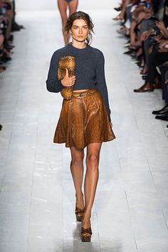 snake miniskirt Michael Kors / New York Fashion Week Spring 2014