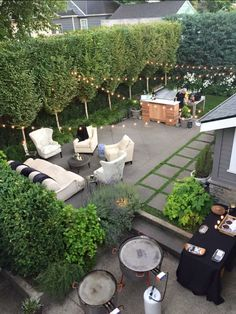 Outdoor Scenery Design   Acid Washed Concrete Patio + Pleached Hornbeam Hedge