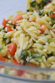 Our Best Lemon Pasta Salad - This easy lemon orzo pasta salad is one of our favorite summer recipes! Serve this caprese inspired salad warm or cold for a simple side dish. Keep it vegan or add your favorite cheese or protein! Orzo Salad Recipes, Healthy Salad Recipes, Lemon Orzo Salad, Healthy Summer Recipes, Vegan Pasta Salads, Recipes With Orzo Pasta, Corn Salad Recipe Easy, Penne Pasta Salads, Spinach Orzo Salad