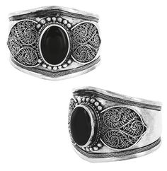 Black onyx heart bracelet