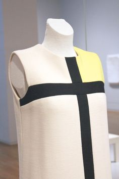 At the Rijksmuseum in Amsterdam, one of the original cocktail dresses from Yves Saint Laurent's Mondrian Collection in 1965. Bodice detail.