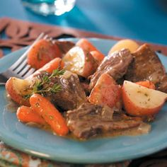 Melt-in-Your-Mouth Pot Roast! Making this tomorrow, subbing the red potatoes for sweet potatoes to up the health factor. Cannot wait!