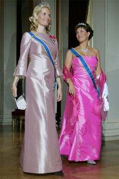 Crown Princess Mette-Marit wore this tiara for a dinner during the Swedish State Visit on June 10, 2005.