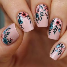 Your graduation nails will be the most outstanding at a party with the help of our tips. All your school girlfriends will envy your sophisticated manicure and ask you how you got inspired. In order to help you to choose the right prom nails, we have selec Cute Nail Art, Cute Nails, My Nails, Beautiful Nail Designs, Cute Nail Designs, Nail Designs Floral, Tropical Nail Designs, Tropical Nail Art, Pedicure Designs