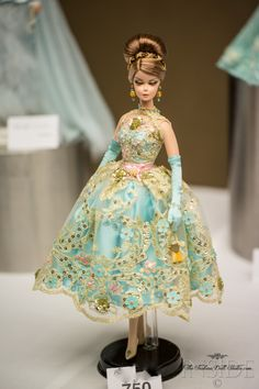 Dutch Fashion Doll World | A Dutch Barbie collector in Holland