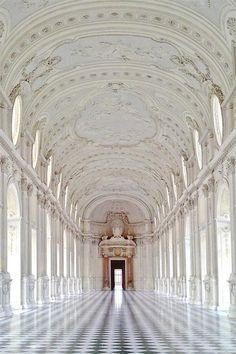 Palace of Venaria, Turin, Italia Art Et Architecture, Beautiful Architecture, Beautiful Buildings, Ancient Architecture, Renaissance Architecture, Cultural Architecture, Beautiful Castles, Architecture Details, Beautiful World