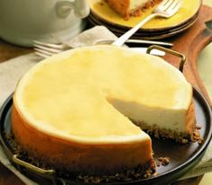 Mango Cheesecake - this was served by the Bates Motel caterers at dinner last night...mouthwatering!