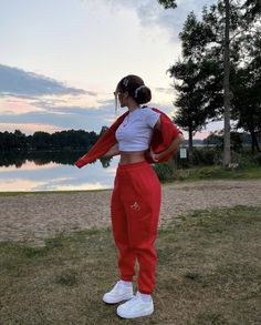 Teen Fashion Outfits, Retro Outfits, Girl Outfits, Cute Lazy Outfits, Cute Swag Outfits, Baddie Outfits Casual, Stylish Outfits, Mode Hipster, Mode Instagram
