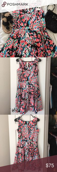 Lilly Pulitzer Gosling Dress- Sweet Nothings, Sz 6 Beautiful dress in EUC. No defects. 29 inches long. Fully lined. Super versatile- wear to work with a black cardigan and flats, then switch to heels and grab a cute clutch for a nice dinner out! Love this print! Lilly Pulitzer Dresses
