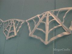 Coffee filter cobweb garland how to