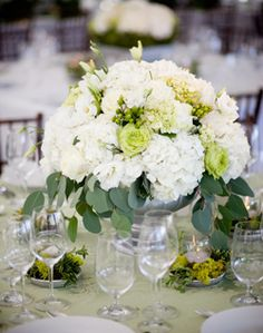 WeddingChannel Galleries: White Centerpieces