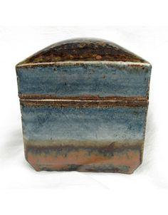 Kawai Kanjiro (b 1890, Shimane Prefecture d 1967, Kyoto,) Lidded box. Gosu, kaki and iron oxide glaze over buff stoneware, c 1940
