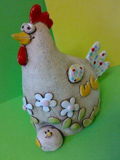 Pod křídlem v záhonku / Zboží prodejce Akoča a Ufola Spring Crafts, Diy And Crafts, Dinosaur Stuffed Animal, Pottery, Easter, Christmas Ornaments, Toys, Holiday Decor, Petra