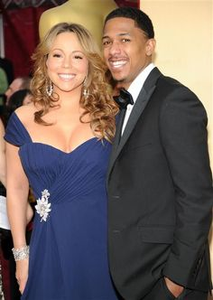 """Odd Couples: Mariah Carey and Nick Cannon (m. -She has The Blue too. A mix/ He has: """"The People"""" Black Diamond. Gold Hair sign/Like Gold Dragon. Nick And Mariah, Mariah Carey Nick Cannon, Celebrity Bodies, Celebrity Couples, Celebrity Gossip, Odd Couples, Couples In Love, Power Couples, Famous Couples"""