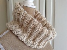 """""""Mistakes - I've Made a Few"""" easy (free) cowl in mistake rib"""