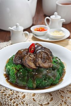 Angke Restaurant ~ this brokoli topped with mushroom in oyster sauce