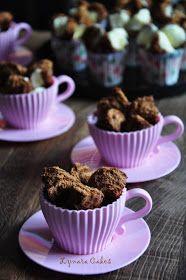 Lynara Cakes: Bolu Kukus Mekar (Soft Drink) Roti Recipe, Cake Cookies, Muffin, Soft Drink, Drinks, Breakfast, Tableware, Recipes, Abs