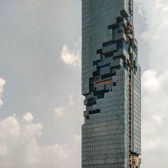 Dissolved #tetris #skyscraper #OleScheeren #MahaNakhon by jonthearchitect