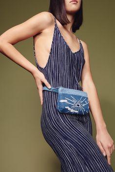 Mind's Eye Pocket Bum Bag in Upcycled Vintage Denim | hipstersforsisters.com